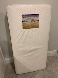 Sealy crib mattress Mississauga, L5E 2T4