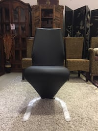 Soulmate Side Chair Black PU  Vancouver