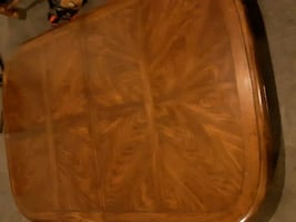 hardwood table two leafs 6 chairs