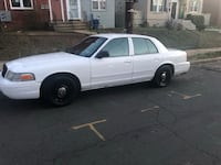 Ford - Crown Victoria - 2004 Washington, 20024