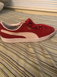 Size 13 suede pumas Germantown, 20874