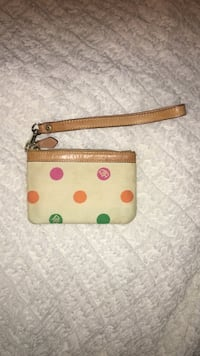 Dooney and bourke wristlet Gaithersburg, 20879