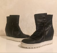 Real leather italian boots size 37