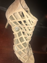 a2c2ca4217c Used unpaired white leather gladiator sandal for sale in Columbus ...