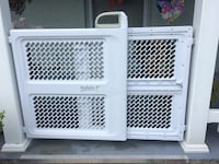 "SAFETY FIRST Pet/Cat/Kid/Dog Plastic Gate (Height: 26"") Dade City, 33525"