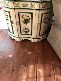 White and green wooden cabinet