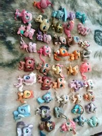 44 mid  size littlest shops 3.00 ech or 120for all obf cost alotmore Hagerstown