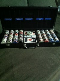 poker chip with brife case and 5 poker  dice 2 deck of cards from brookestone  Los Angeles