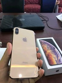 IPhone XS Max Unlocked for all carriers and 512GB Washington