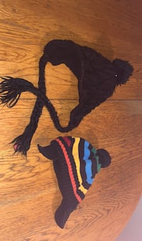 Baby hat for a boy and girl  Both for $3.00 Used  [TL_HIDDEN]   Pick up Brampton, L6Z 2X3