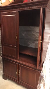 Cherry TV cabinet Cookeville, 38506