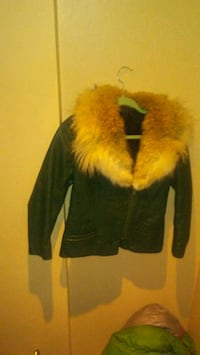 Green genuine leather coat with real fir trim Toronto, M6R 2H6