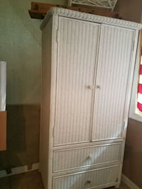 Wicker closet/dresser Owings, 20736