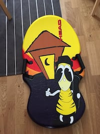 Snow board for sliding, brand new used only once