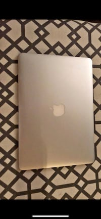"Apple MacBook Air 13.3"" (2018 edition)  message me with offers I need gone ASAP Shelton, 06484"