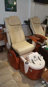 beige and brown massage chair 아난데일, 22003