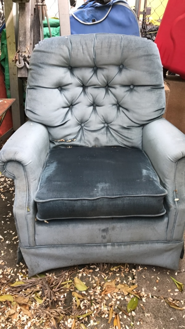 Sensational Used Gray And Black Padded Armchair For Sale In Redwood City Download Free Architecture Designs Scobabritishbridgeorg