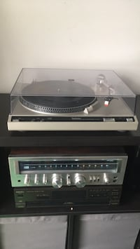 Technics SL-210 turntable in excellent working condition Mississauga, L4X