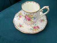 Royal Albert teacup and saucer - 1940s - OBO Richmond Hill, L4B 0B1