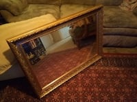 RECTANGULAR GOLD-TRIMMED WALL MIRROR / GREAT CONDITION!!! Monroe, 71201