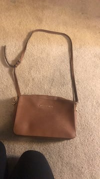 Brown Leather Michael Khors Purse Metairie, 70002