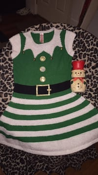 Christmas elf costume and you get it free snowman to go with it Roanoke, 24013