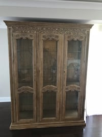 One Piece China Cabinet  Chicago, 60660