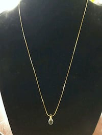 Gold tone necklace  Innisfil, L9S
