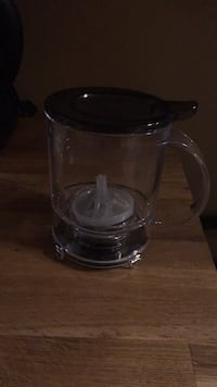Loose leaf tea steeper.  Hamilton, L8H 4C4