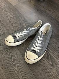 Size 8 Men's converse black and white herringbone  Toronto, M6K