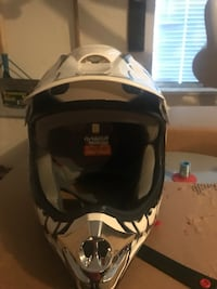 Helmet Dirtbike brand new large  Surrey, V4A 6T6