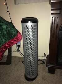 gray and black Holmes air cooler