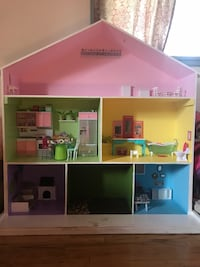 Barbie house, Doll house Pasadena, 91103