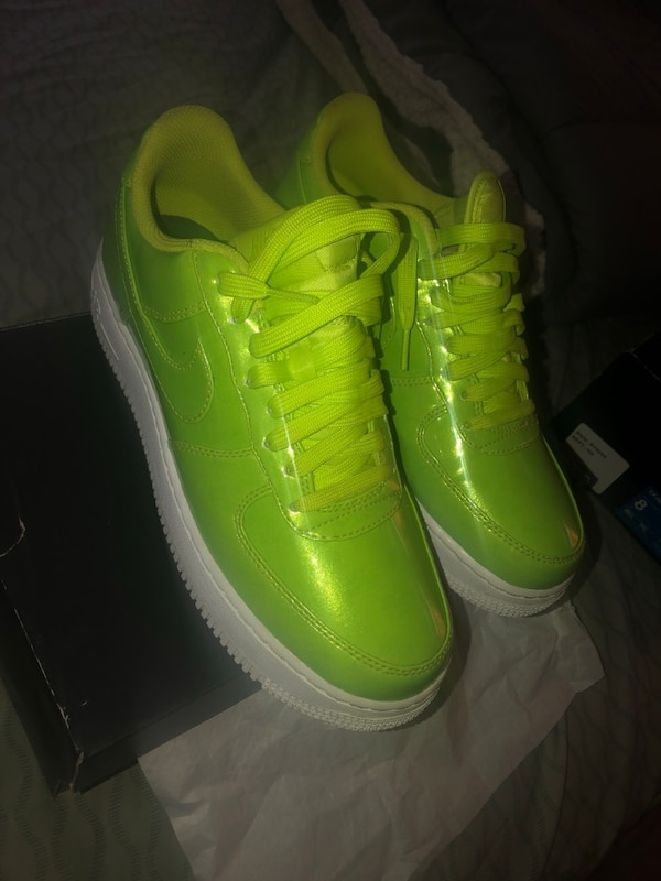 half off 78d9a 48161 Nike Air Force 1 low top lime green size 8.5