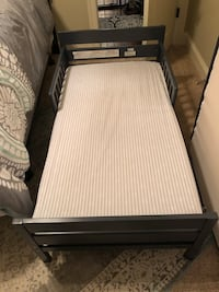Toddler bed with mattress  Madison, 39110