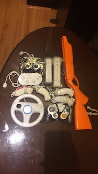 Wii and GameCube controllers and accessories  Mississauga, L5V 1Y6