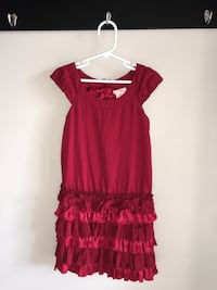Girls size 6-7 holiday dress Guelph, N1K 1Y7
