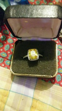 Sterling silver size 8 yellow sapphire ring Wayne County, 28333
