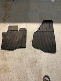 black and gray car mats Spruce Grove