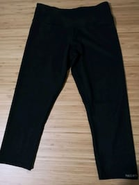 women's black pants Vancouver, V5R 4N1