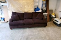 Free couch Surrey, V4A 1S7