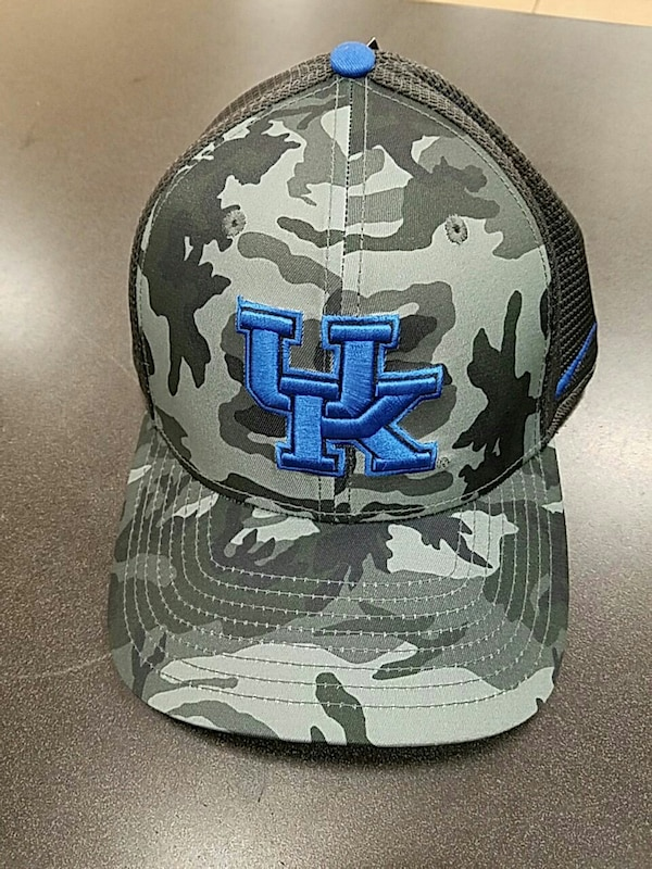 7ddd2ee9723 Used Nike Dri-Fit Flex Univ. Of Kentucky Hat for sale in Clarksville - letgo