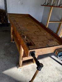 Woodworkers Bench  Norm Abram Copy With Bench Dogs And Jet Vise