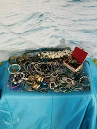 Large collection of nice costume jeweller 25$ Kingston, K7K 2L1