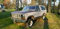 1987 Ford bronco with roll bar Suffolk, 23435