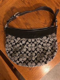 BLACK COACH SHOULDER BAG North Dumfries, N0B