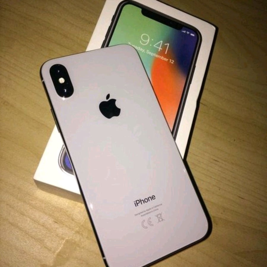 iPhone X *All carrier supported