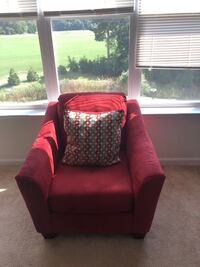 Red Chair with Pillow Salisbury, 21804