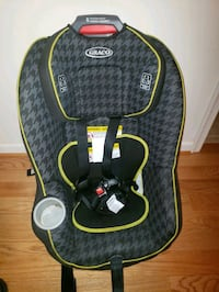 baby's black and green Graco car seat Dumfries, 22025