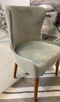 Accent chairs  Toronto, M3J 2C3
